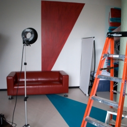 "I love red and turquoise, and ""Oz""'s studio had it all!"