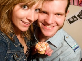 I got a vanilla cupcake with vanilla frosting and Kyle got a cannoli - freshly squeezed!
