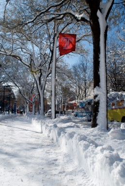 On January 27, 2011, it snowed incredibly hard and Temple still had class.