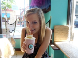 Betty & her famous Cupcake Frappuccino at Philly Chocolate!