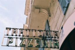 Tavern. Pizzeria.