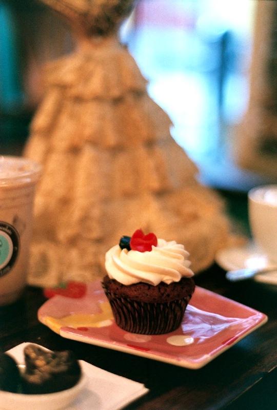 Beauty & The Cupcake.