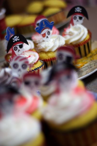 Pirate themed vanilla cupcakes made with rum.