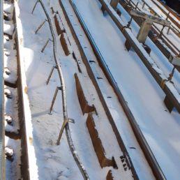 That poor third rail.