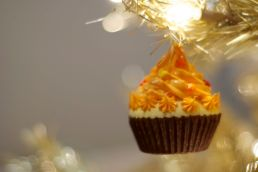 The squishy cupcake that bounces when Sweet Pea swats it down.