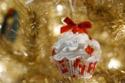 Canadian cupcake!