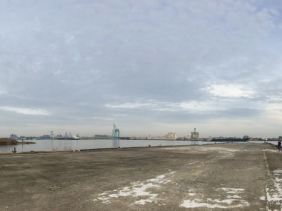 The largest open space I've been in in Philadelphia.